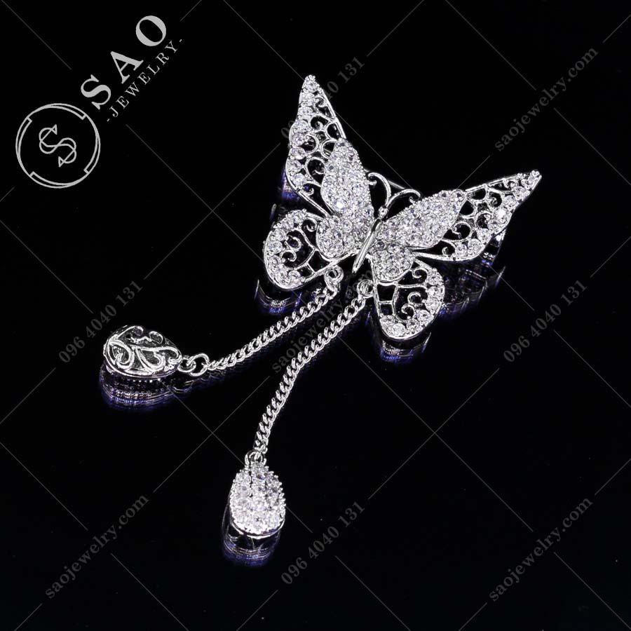 GHIM CÀI ÁO VEST NỮ bướm bạc tua rua sang trọng