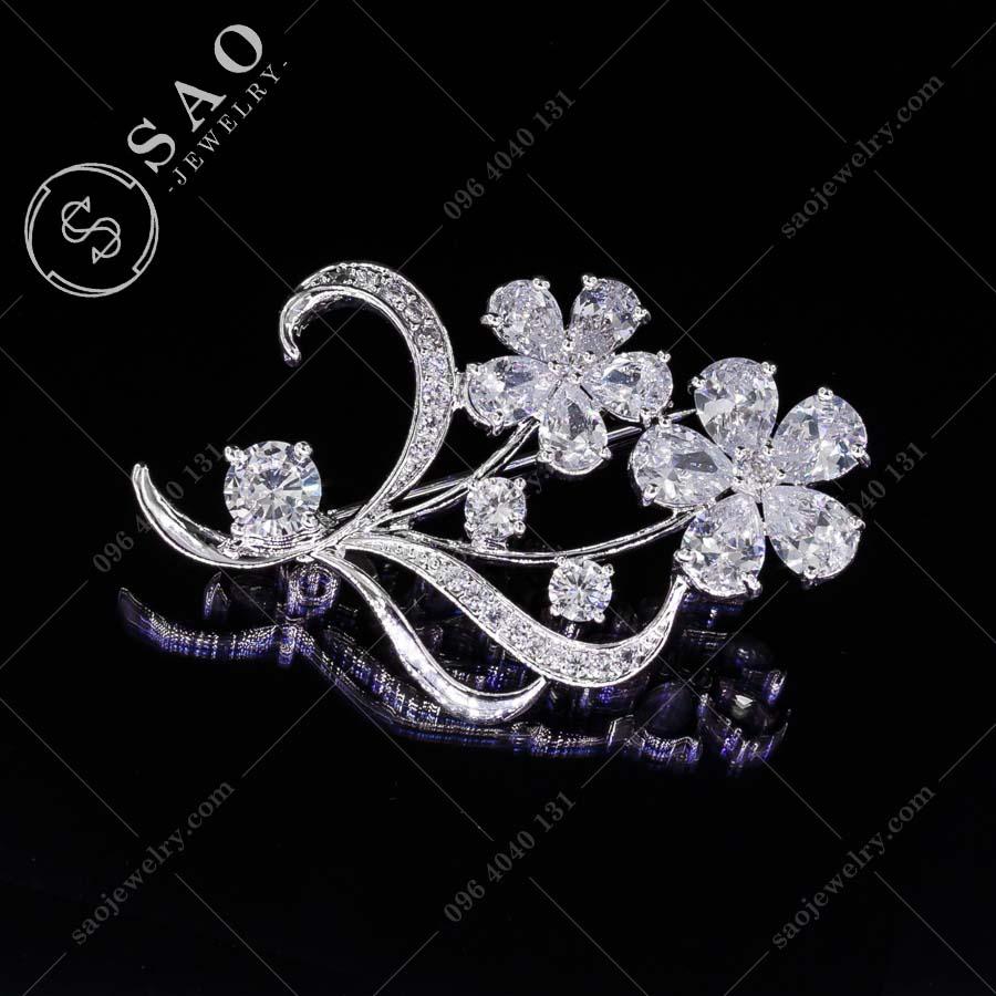 HOA CÀI ÁO bạc 925 hoa pha lê cao cấp