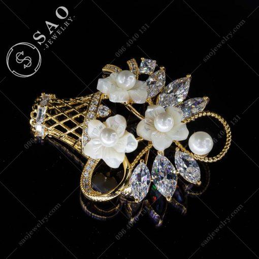 PHỤ KIỆN CÀI ÁO NỮ giỏ hoa mạ vàng pha lê cao cấp
