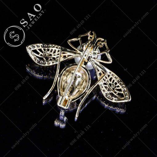 GHIM CÀI ÁO VEST NỮ ong mạ vàng sang trọng