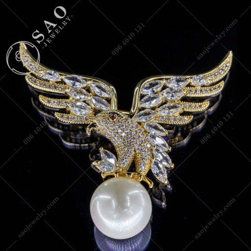 PHỤ KIỆN CÀI ÁO chim ưng mạ vàng pha lê đẳng cấp