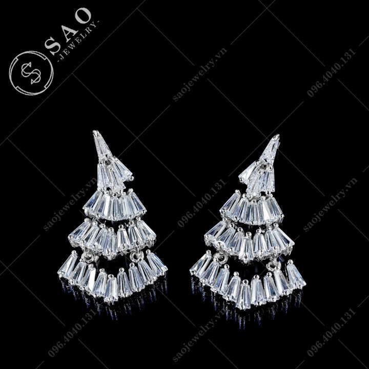 Bông tai bạc 925 dáng dài đính pha lê Sang Trọng BT109
