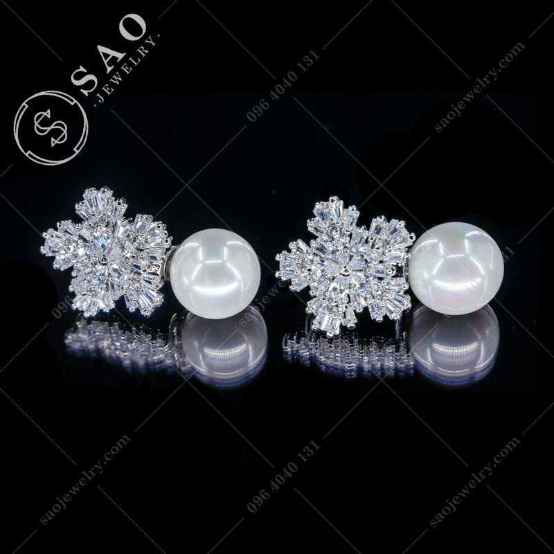 Bông tai ngọc trai hoa bạc đính đá hàn quốc BT108D