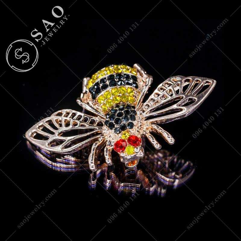 Cài áo ong dễ thương CA321