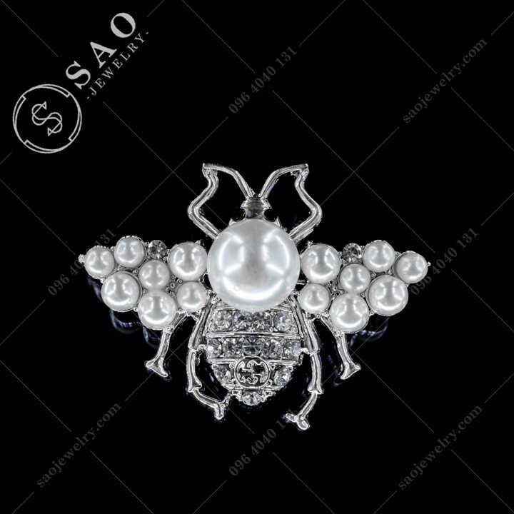 Cài Áo Ve Chanel Đính Ngọc Trai Thanh Lịch CA490T