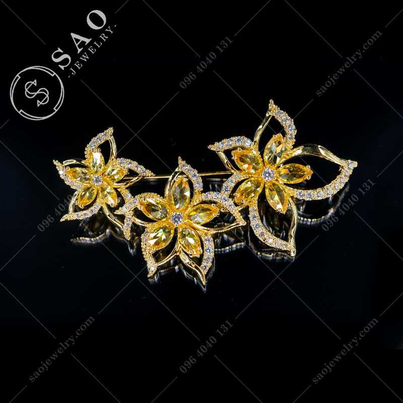 Hoa cài áo mạ vàng đính pha lê hàn quốc CA357V