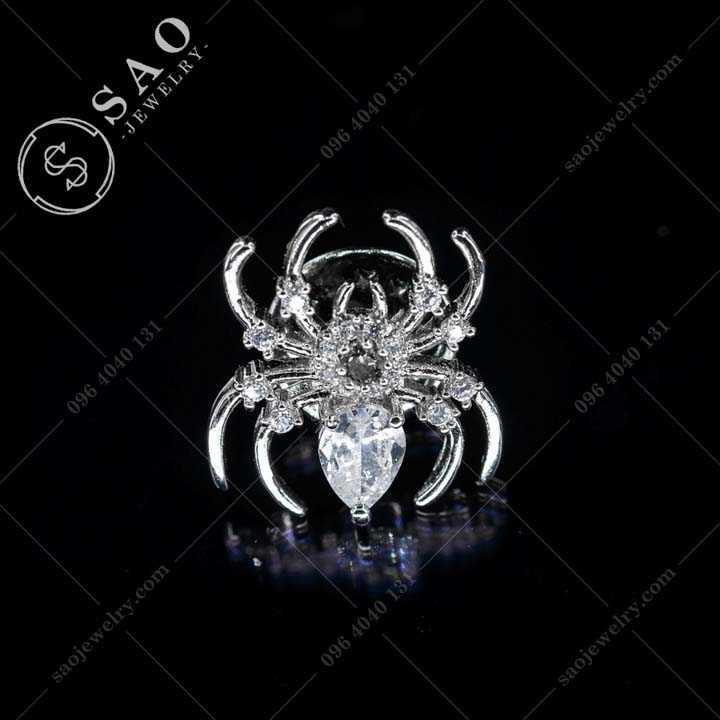 KHUY CÀI ÁO hoạ tiết nhện cao cấp